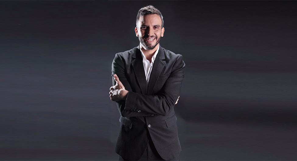 מושיק גלאמין, נבחר להוביל את הקמפיין של אולם האירועים פאלאסיו