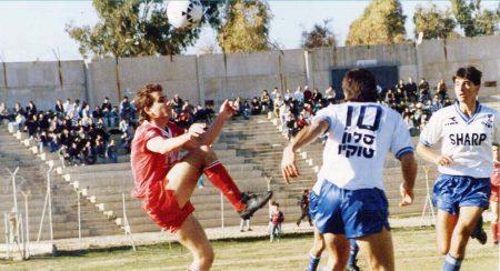 מאיר צרפתי משחק כדורגל