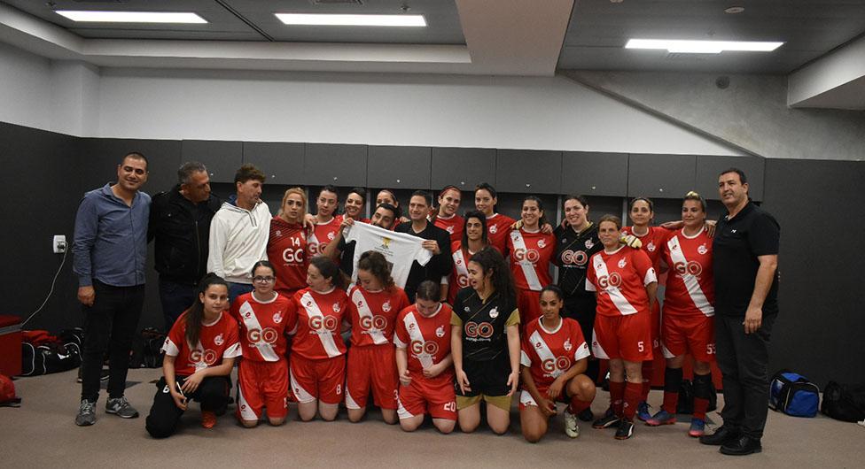 """בלעדי: קבוצות כדורגל הנשים של הפועל ב""""ש למגרשים החדשים בפארק הנחל"""