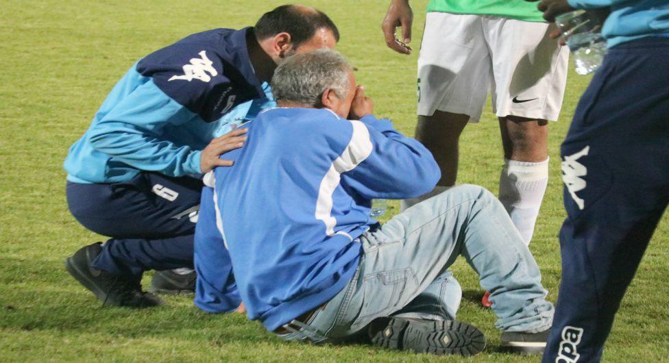 מנהל רהט פורץ בבכי בסיום המשחק