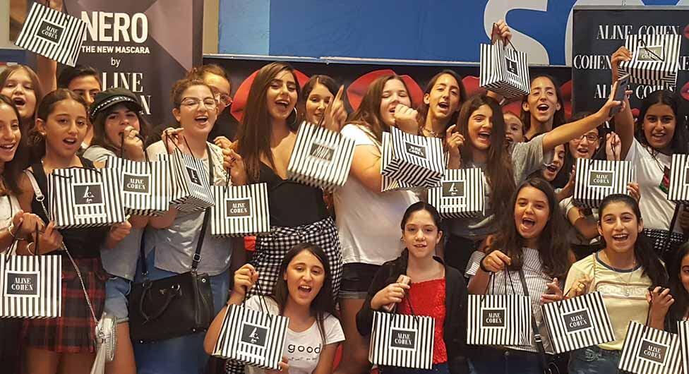אלין כהן במפגש מעריצים בקניון הנגב