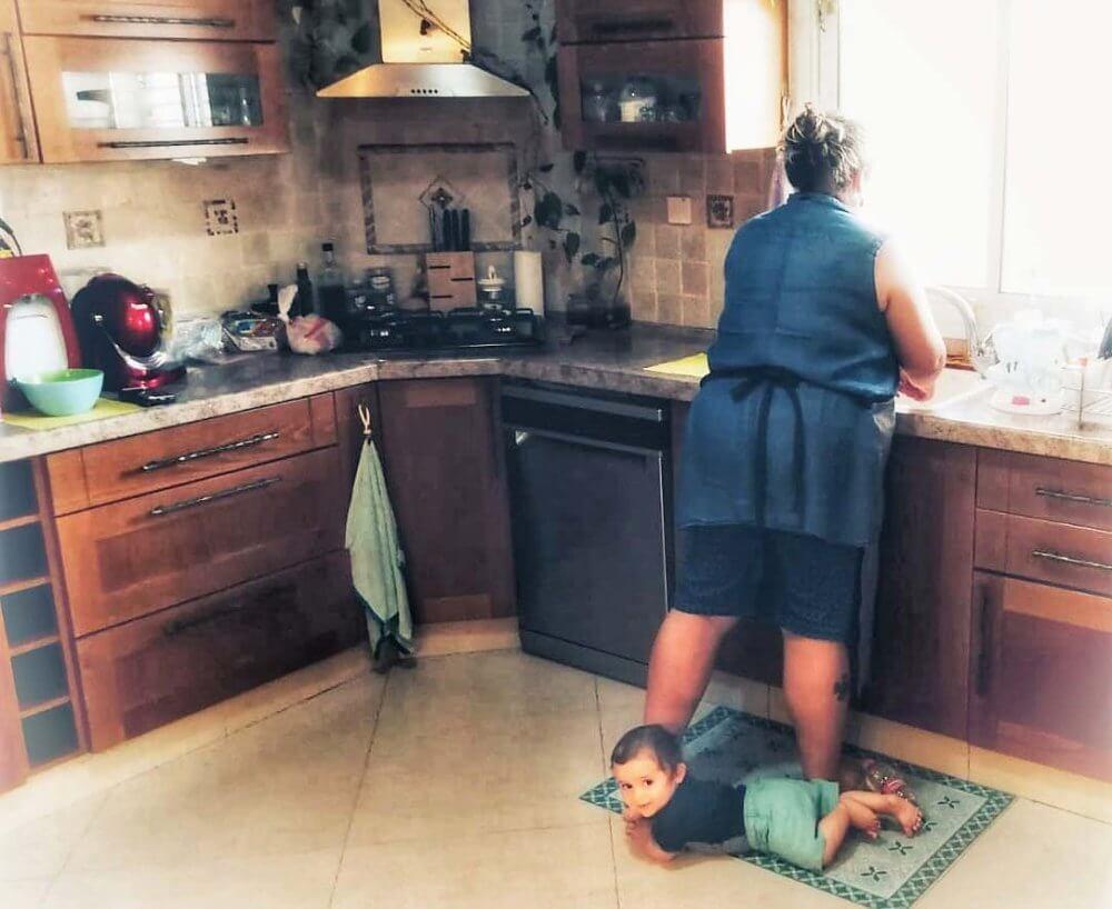 אמא בארשבעית | אימהות עם נגיעה של אבק נסיכות