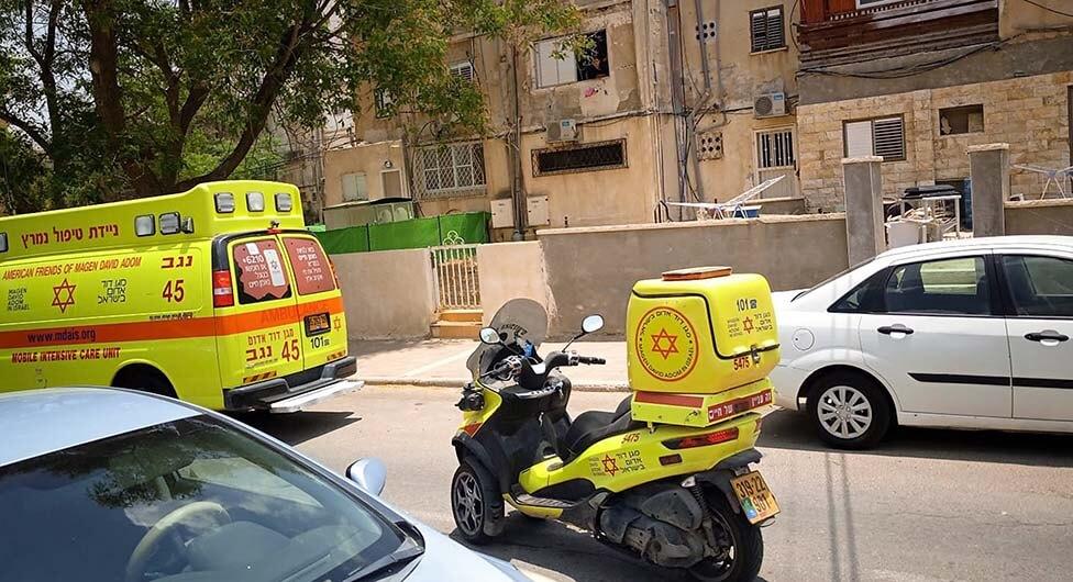 באר שבע: אדם נפצע קשה בתאונת עבודה