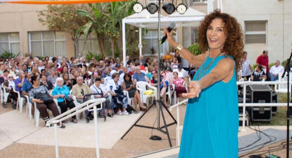 "אביבה אבידן באירוע הקיץ ב""משען"""