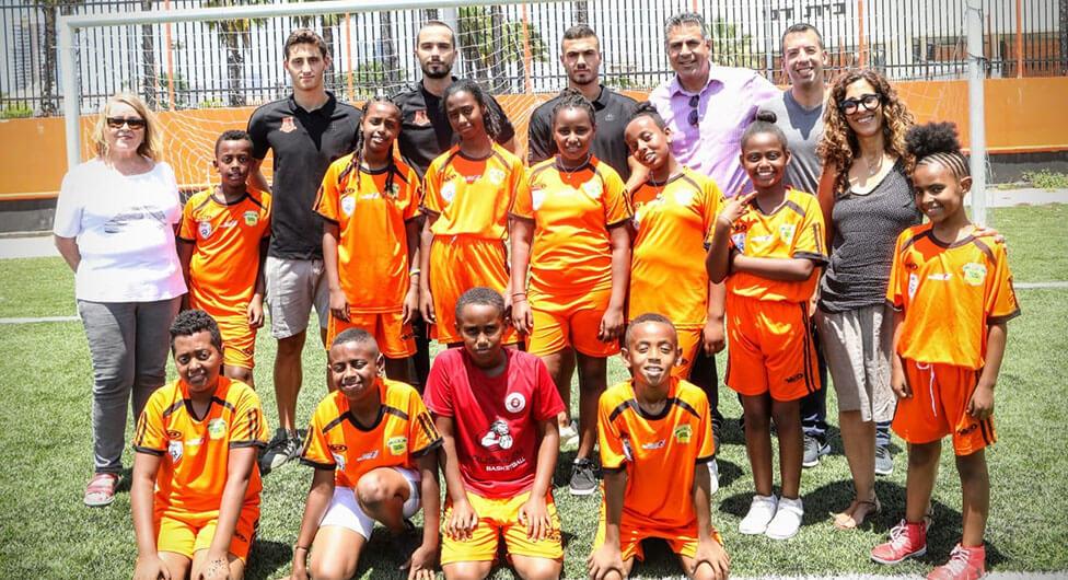 """החלה פעילות קבוצות הכדורגל לילדים של """"עמידר"""" בבאר שבע"""