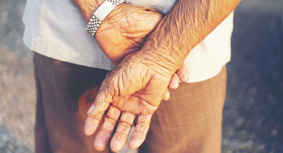 בחזית ההגנה על הקשישים