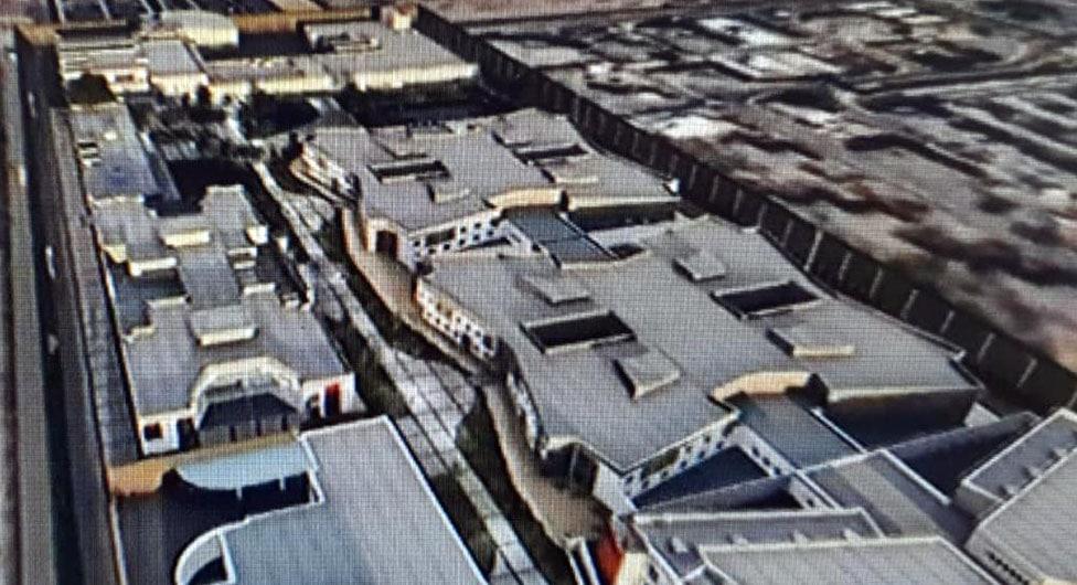 חשמל על גגות בתי הסוהר בדרום