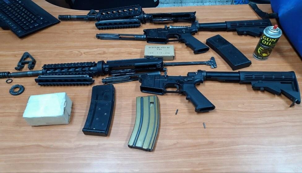 שני אחים חשודים בהחזקת כלי ירייה ותחמושת בניגוד לחוק